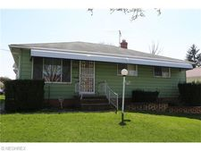 17718 Deforest Ave, Cleveland, OH 44128
