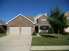 15408 Yarberry Dr, Fort Worth, TX 76262
