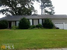 204 Silverthorn Way, Cedartown, GA 30125
