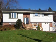 1934 Orchard St, Lower Mt Bethel Twp, PA 18063