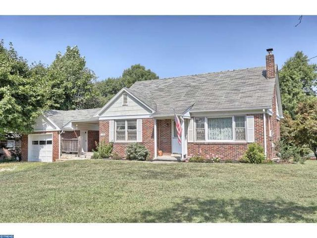 1135 elverson rd morgantown pa 19543 home for sale and