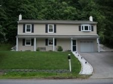 10 Panorama Dr, Vernon, NJ 07462