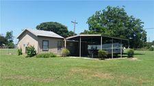 70 Seminole Dr, Gordonville, TX 76245