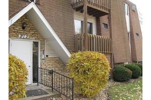 212 Madison St Unit 2d, Joliet, IL 60435