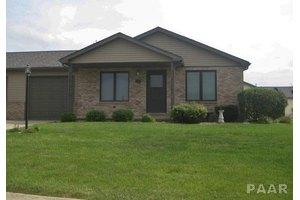1262 Kingsbury Rd, Washington, IL 61571
