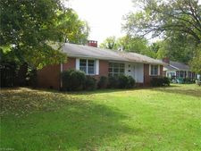 107 W Cahill St, Madison, NC 27025