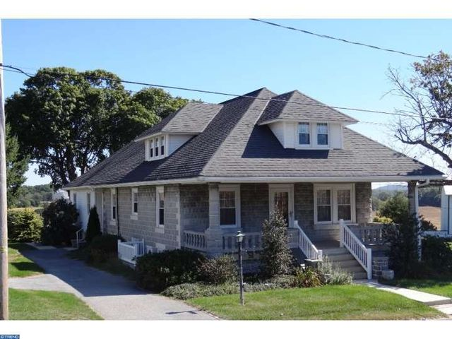 home for rent 346 n manor rd elverson pa 19520
