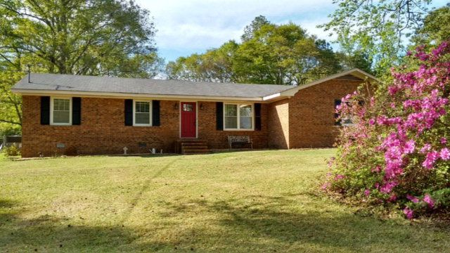 1388 rosewood rd goldsboro nc 27530 home for sale and for Modern homes goldsboro nc