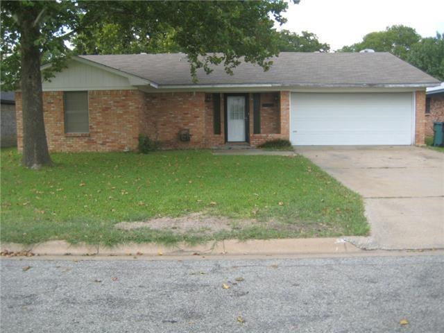 801 E Olive St, Sherman, TX 75090 - realtor.com®
