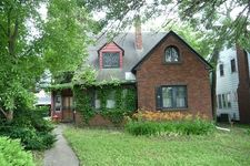 1611 Jackson St, Rockford, IL 61107
