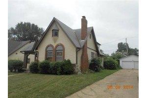 3527 Gladstone Blvd, Kansas City, MO 64123