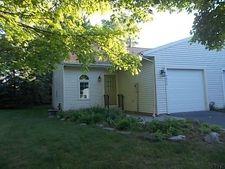7049 Suzanne La, Guilderland, NY 12303