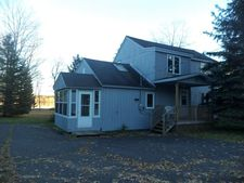 27449 E Gross Pt Shores, Dollar Bay, MI 49930