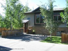 403 S 2nd St, Carbondale, CO 81623
