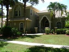 2440 Whispering Oaks Ln, Delray Beach, FL 33445