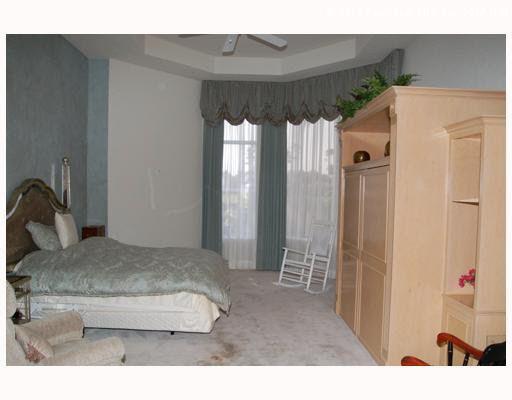 1117 Crystal Dr, Palm Beach Gardens, FL 33418