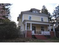 285 Lincoln Ave, Amherst, MA 01002