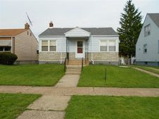 2527 Birch Ave, Whiting, IN 46394