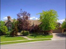 1087 W Chapel View Cir, South Jordan, UT