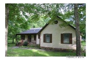102 Gatewood Dr, New Bern, NC 28562