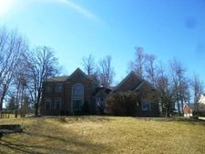 1533 Trophy Ct, Florence, KY 41042