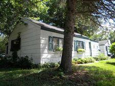 5013 Grafton Ave N, Oakdale, MN 55128