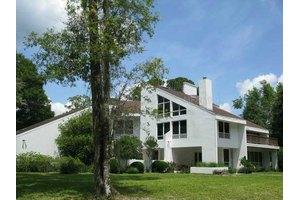 2580 Grand Ave, Deland, FL 32720