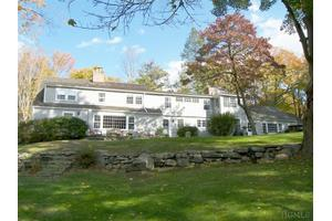 332 Long Ridge Rd, Pound Ridge, NY 10576