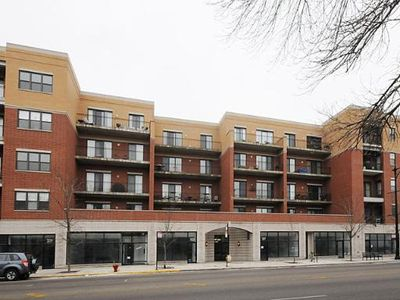 3125 W Fullerton Ave Apt 218, Chicago, IL