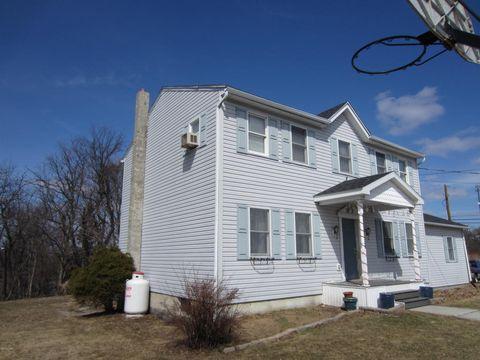330 E Hazard St, Summit Hill, PA 18250