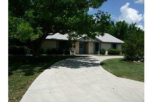 115 Greentree Cir, Early, TX 76802