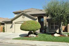 8674 N Meridian Ave, Fresno, CA 93720