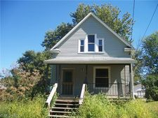 32 Grant St, New London, OH 44851