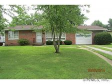 912 N Mill St, New Athens, IL 62264