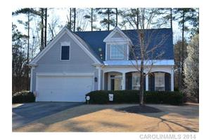 13805 Falconcrest Dr, Charlotte, NC 28269