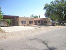 1831 Lake Dr Sw, Albuquerque, NM 87105