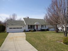 398 Harris Rd, Richmond Heights, OH 44143