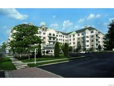 4210 Southernly Pointe Dr, Haverstraw, NY 10927