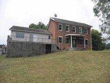 8 Church St, Heltonville, IN 47436