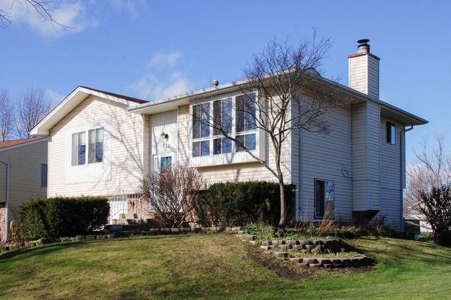 820 quincy dr roselle il 60172 home for sale and real