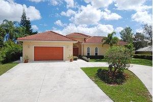845 SW Wisper Bay Dr, Palm City, FL 34990