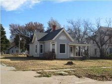 218 S Kansas St, Haven, KS 67543