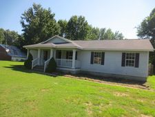 7886 Old Memphis Rd, Unincorporated, TN 38011