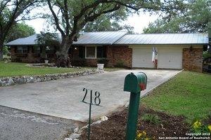 218 Donella Dr, San Antonio, TX 78232