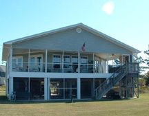 1311 Beards Cove Dr, Gulfport, MS 39507