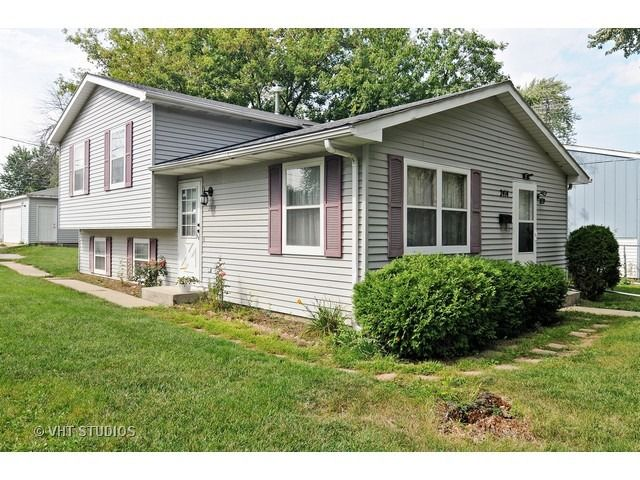 2414 gilead ave zion il 60099 home for sale and real estate listing