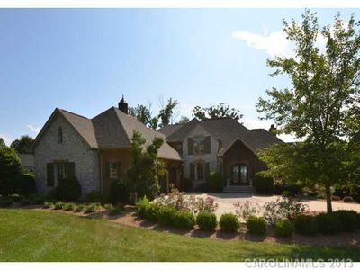 105 Grey Lady Ct, Mooresville, NC 28117
