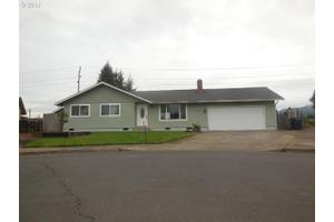 640 T St, Springfield, OR 97477