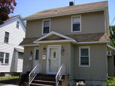 82 Scrivens St, Totowa, NJ 07512