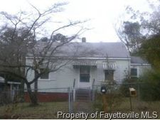 1528 Lacy St, Fayetteville, NC 28305